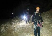 BAĞBAŞı - Dağda Mahsur Kalan Öğrenciler 3 Saat Sonra Kurtarıldı