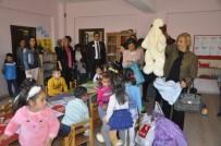 KAZANLı - Öğretmenler Günü'nde Minik Kalplere Dokundular