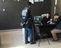 Polisten İnternet Cafelere Sıkı Denetim