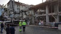 İSKELE ÇÖKTÜ - Samsun'da İnşaatta İskele Çöktü Açıklaması 2 Yaralı