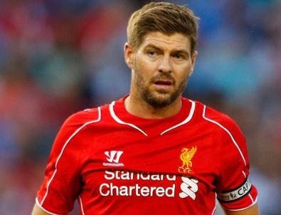 Steven Gerrard futbolu bıraktı