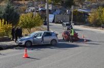 YENIKENT - Adıyaman'da İki Otomobil Çarpıştı Açıklaması 1 Yaralı