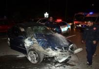 AKDENIZ ÜNIVERSITESI - Antalya'da Zincirleme Trafik Kazası Açıklaması 3 Yaralı