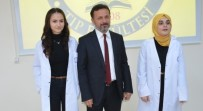 GENÇ DOKTOR - Doktor Adayları Beyaz Önlüklerini Giydi