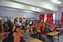 KARAHISAR - Gönüllü Gençler Öğrencilere Ağız Ve Diş Sağlığı Eğitimi Verdi