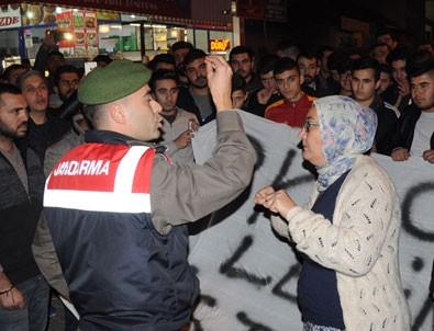 İzmir'de terörist cenazesine tepki