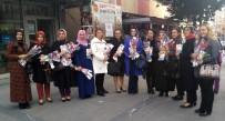 KÜÇÜKÇEKMECE BELEDİYESİ - Küçükçekmece Belediyesi, Kadına Karşı Şiddetle Mücadele Gününde Kadınlara Karanfil Dağıttı