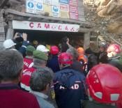 AHMET ALTIPARMAK - Madende Mahsur Kalan İşçi 23 Saat Sonra Kurtarıldı