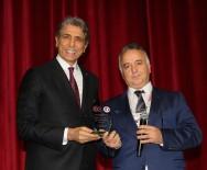 FATİH BELEDİYESİ - TUSYAD'dan Başkan Mustafa Demir'e Teşekkür Plaketi