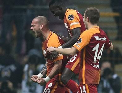 Wesley Sneijder gol orucunu bozdu