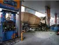 BENZIN - Başkent'te feci kaza: 5 yaralı
