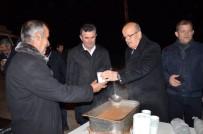 ALİ HAMZA PEHLİVAN - Belediyeden Akşam Soğuğunda Sıcak Çorba