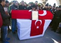 BÜLENT TEKBıYıKOĞLU - Bitlis Şehidini Uğurladı