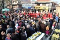 ULUDAĞ ÜNIVERSITESI - Bursa'da Bedava Armut İzdihamı