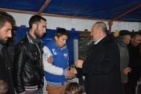 MÜNİR KARAOĞLU - Çavuşoğlu'ndan Şehit Ailesine Ziyaret