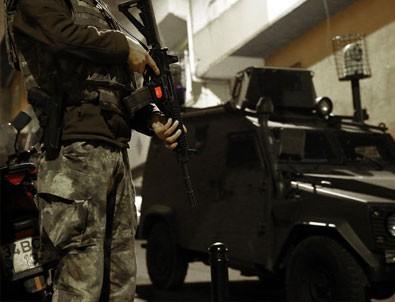 İstanbul'da silah sesleri Polisle çatıştılar