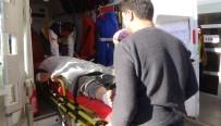 ÖZGÜR SURİYE - Terör Örgütü DEAŞ'ın Saldırısında Yaralanan 5 Suriyeli Kilis'e Getirildi