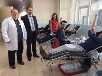 VEYSEL KARANI - Üniversite Öğrencileri Kan Bağışında Bulundu