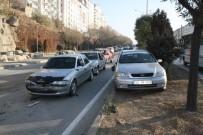 AŞIRI HIZ - Yozgat'ta Sınav Yoğunluğu Kazaları Da Beraberinde Getirdi