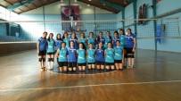 VOLEYBOL TAKIMI - 1308 Osmaneli Belediye Spor Voleybol Takımı Hazırlık Maçı Yaptı
