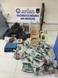 MADDE BAĞIMLILIĞI - Batman'da Uyuşturucu Operasyonları Açıklaması 15 Kişi Tutuklandı