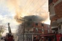 DEĞIRMENBAŞı - Çarşamba'da Yangın Paniği