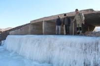 EMEKLİ ÖĞRETMEN - Dereler Buz Tuttu