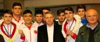 FEDERASYON BAŞKANI - Dünya şampiyonuna muhteşem karşılama