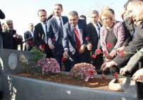 DİYARBAKIR BAROSU - Elçi, Mezarı Başında Anıldı