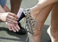 MANIPÜLASYON - Giydiğiniz Ayakkabılar Kabusunuz Olmasın