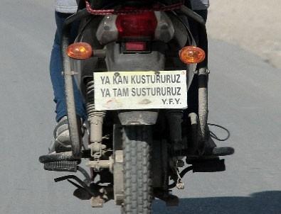Kadın sürücüden plaka yerine 'ağır abi' sözü