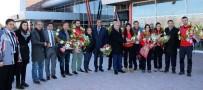 MACARISTAN - Kadınlar Curling Takımı Avrupa İkincisi Oldu