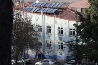 GÜNEŞ ENERJİSİ - Kırılan Güneş Enerjisi Panelleri Tehlike Saçıyor