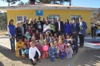 ADANA DEMIRSPOR - Köylü Öğrencilere Mutluluk Dağıttılar