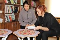 YAŞ SINIRI - Okuma Salonları Sanatla Buluştu