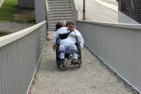 ÜST GEÇİT - İstanbul Büyükşehir Belediyesi'nden Engelliye Üst Geçit Eziyeti