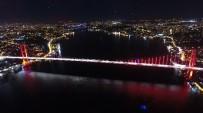 BOĞAZIÇI KÖPRÜSÜ - İstanbul'un 3 İncisi Havadan Aynı Karede Görüntülendi