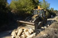 KAZANLı - Akdeniz Belediyesi, 2 Ayda 50 Kilometre Tarım Yolu Açtı