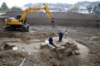 İMAM HATİP - Antalya'da Yurt İnşaatı Kazısından Antik Mezar Çıktı