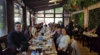 MEHMET ARSLAN - Burhaniye Celal Toraman'da Veliler Yemekte Buluştu