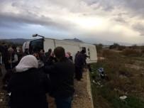 YOLCU OTOBÜSÜ - Denizli'de yolcu otobüsü devrildi: 2 ölü, 19 yaralı