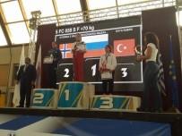 ÇEYREK FİNAL - Devrekli Kübra Kaya Kick Boks Avrupa 3. Oldu