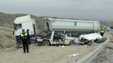 Girne'de feci kaza: 5 ölü!