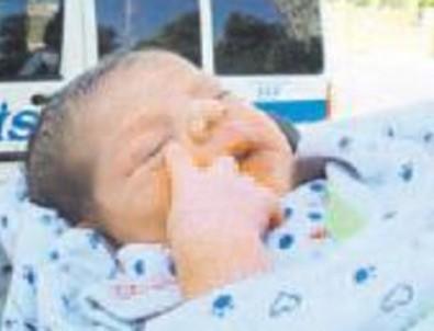 Hastane tuvaletinde bebek bulundu