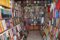 ALıŞKANLıK - Kitapevleri Teknolojiye Direniyor