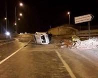 BAYRAM YıLMAZ - Tavşanlı'da Trafik Kazası, 8 Yaralı