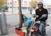 KıRAATHANE - Tüpçü Yakup Tosun'un Kitabı Okuyucuyla Buluştu