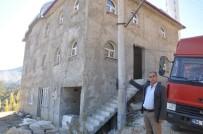 AKSAKAL - 4 Yıldır Tamamlanamayan Cami İçin 'İsyan Bayrağı' Açtılar