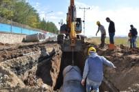 BATMAN BELEDIYESI - Batman Belediyesi Kanalizasyon Hattı Döşüyor