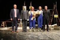 MESUT ÖZAKCAN - Efeler Belediyesi'nin Yeni Sezon Tiyatro Etkinlikleri Başladı
